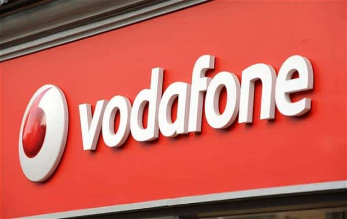 how to turn voicemail on vodafone