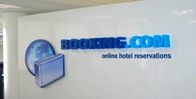 Booking.com vulnerable to CSRF Attack leading to account hijack and stealing of customer details