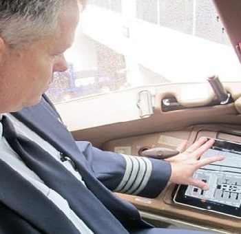 App failure on iPad leads to grounding of American Airlines flights