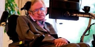 Stephen Hawking says that computers will outdo humans in the next 100 years