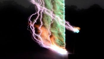 Scientists successfully capture the first image of thunder by creating an artificial lightning