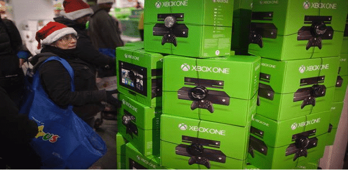The new Xbox One features expanded storage, a redesigned controller and come bundled with Halo at $400 price tag according to Amazon listing