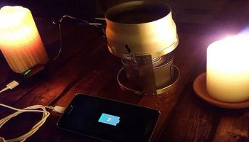 A Smartphone Charger That Runs on Candle Flame and Water