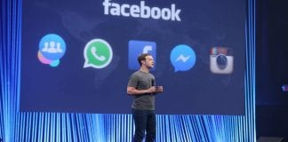 Facebook reportedly in talks for showing music videos in FB users feeds
