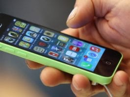 iPhone hack lets you see how strong your network signal is! (Video)