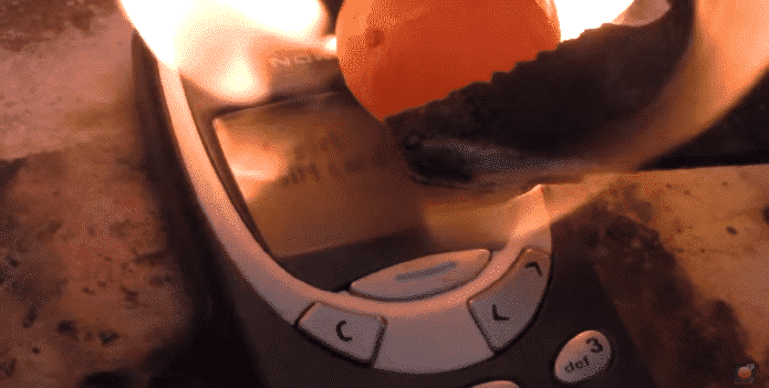 An old Nokia phone can only be destroyed by a red-hot nickel ball
