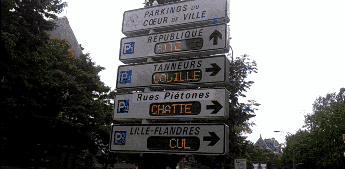 French hacker hacks electronic signpost and posts a vulgar poem