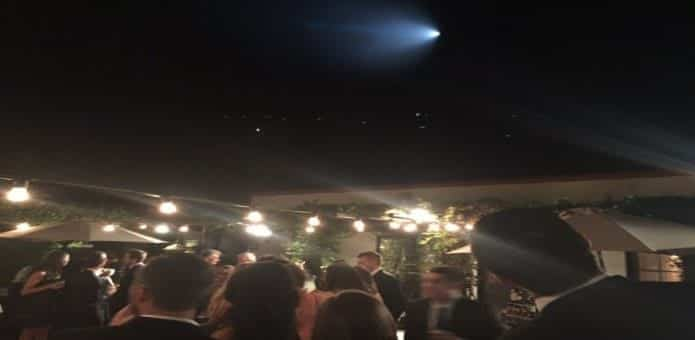 Hundreds report seeing UFO flying over southern California