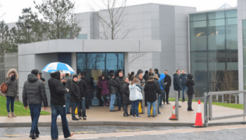 Apple Staff Evacuated From European HQ in Ireland After Bomb Scare