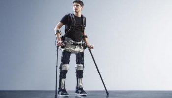 This New Robotic Exoskeleton Helps Paraplegics To Walk