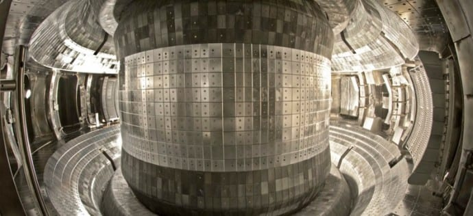 Chinese Fusion Test Hits A Milestone By Creating 90 Million °F For 102 Seconds
