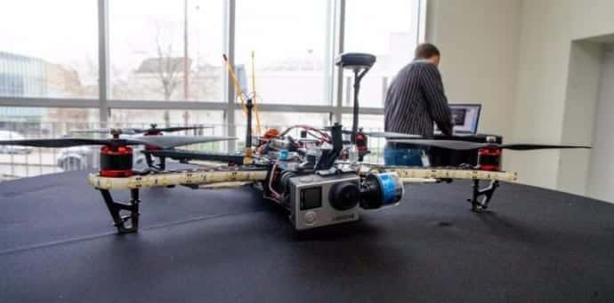 This drone can hack your smartphones using Wi-Fi while flying above you