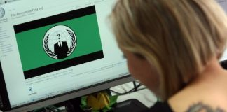 Here are the world's top 10 Female Hackers who are also hot
