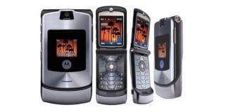 Motorola is bringing back its legendary Moto Razr flip phone