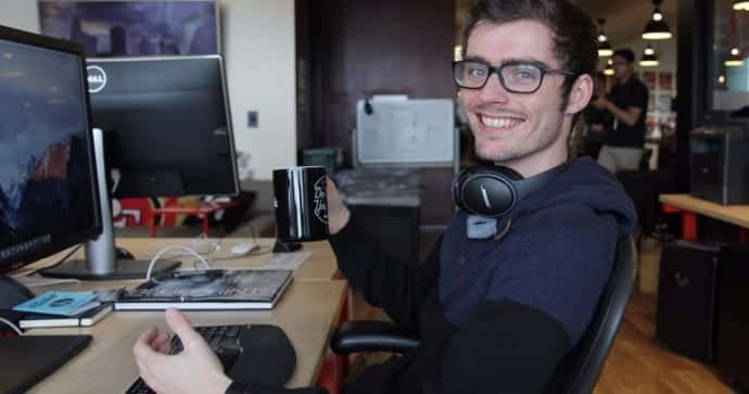 This 25 year old hacker makes $100,000 a year moonlighting as 'bug bounty' hunter