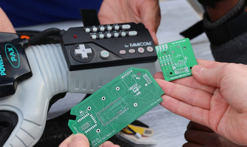 Nintendo Power Glove is used to function a quadcopter