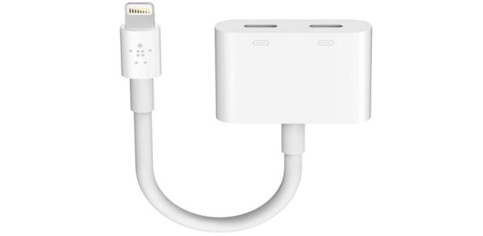 Belkin's $40 Lightning Adapter Lets You Use Wired Headphones And Charge Your iPhone 7 At The Same Time