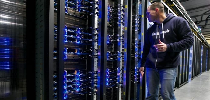 Facebook Engineers Crashing Data Centers In Real-World Stress Test