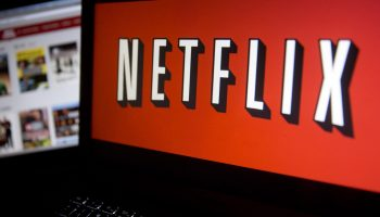 Netflix Partners With iPic Entertainment To Release Its Original Movies In Theatres, Online Simultaneously