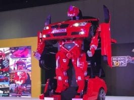 You Can Get Your Very Own Real-Life Transformer Car, But The Price Is Skyhigh !!!
