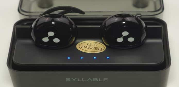 The best in class Syllable D900 Mini Wireless Earbuds not only give good sound but also look good