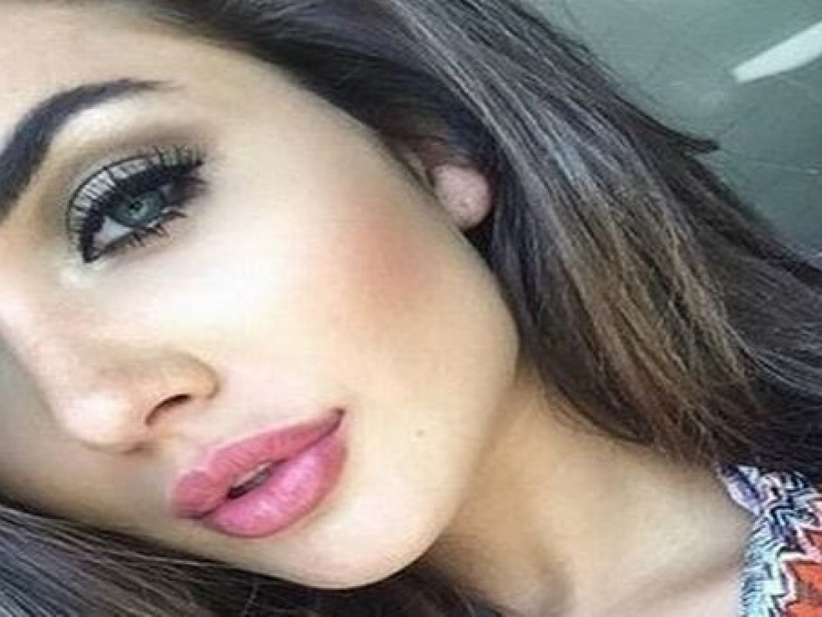 Amy Jackson Leaked Pics somebody hacked amy jackson's iphone and leaked her private