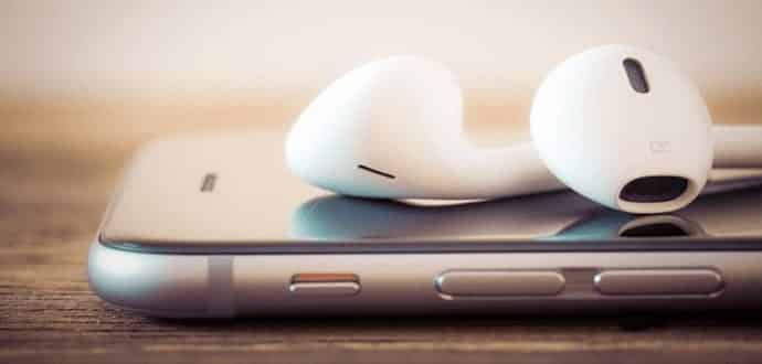 How to pair Apple Airpods with Android smartphones