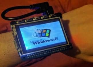 This smartwatch is actually a Raspberry Pi computer running Windows 98