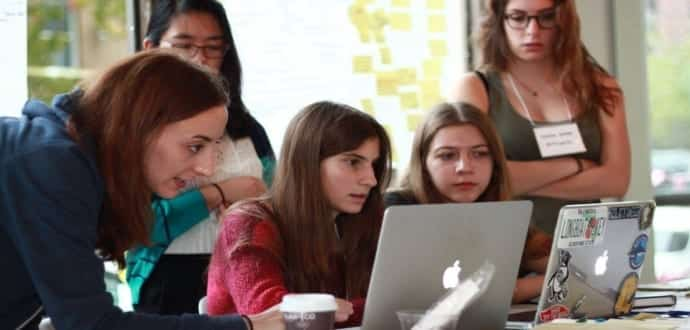 The best female coders belong to these 10 countries