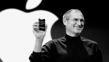 """Do You Know How Steve Jobs """"Acquired"""" iPhone Trademark From Cisco?"""