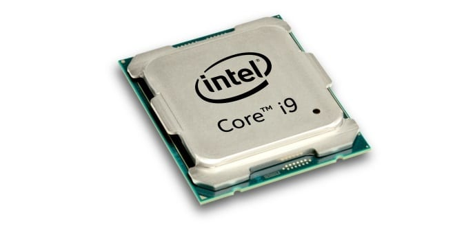 Intel Core i9 7900X has higher clock speeds than the expensive 7920X