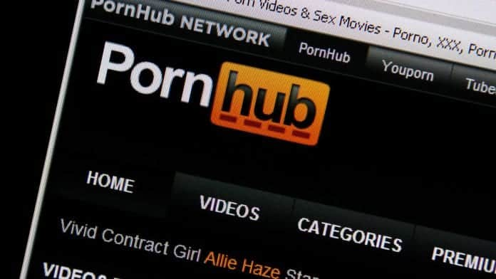 Pornhub is giving $25000 to viewers - here is why!!!