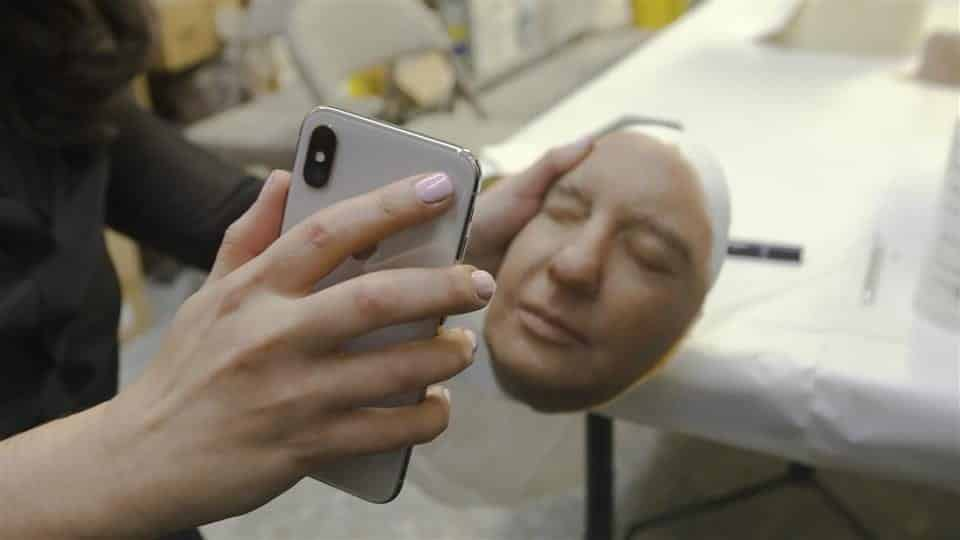 Apple's iPhone X's Face ID beaten by mask