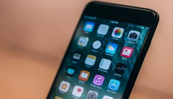 Apple's iOS 12.0.1 software update causing new problems to users