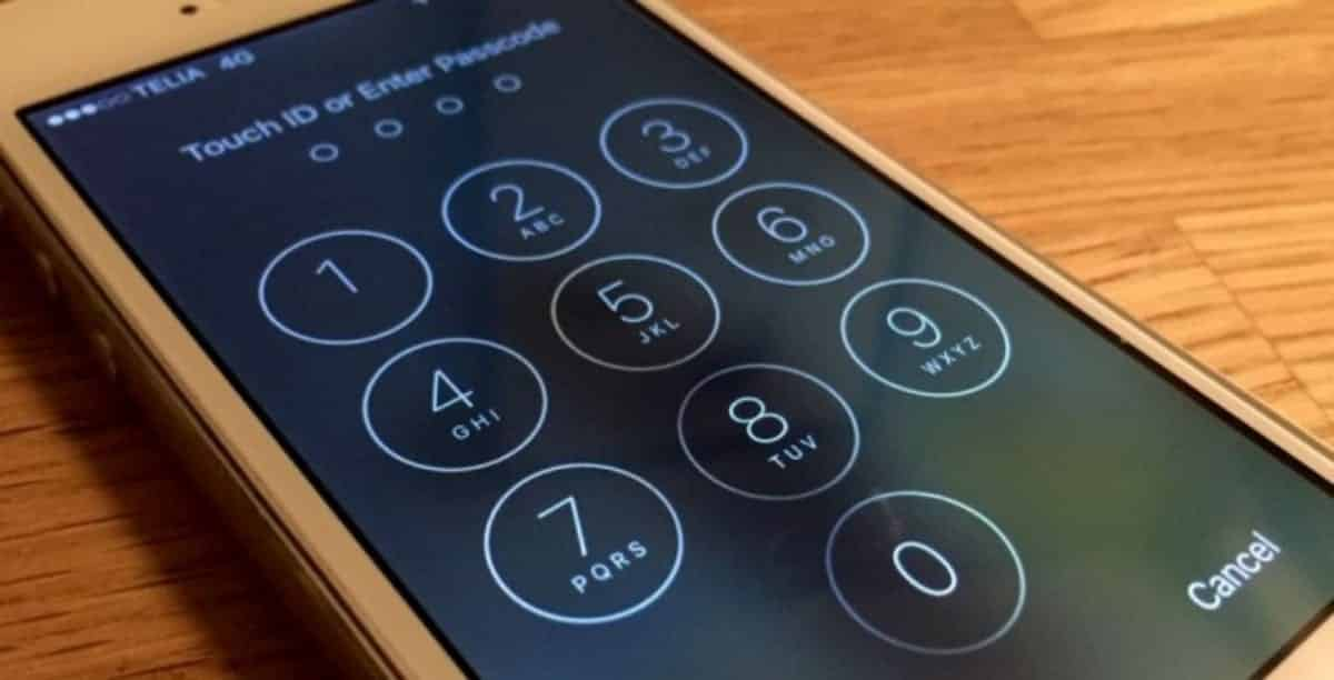 iPhone Passcode Bypass Hack Exposes Contacts And Photos