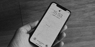 Apple accused for lying about screen size and pixel count in its iPhone X series