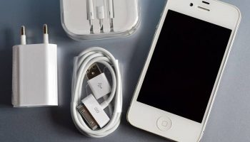 Apple accused of blocking its own iPhone chargers