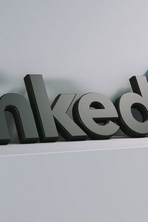 LinkedIn launches its own live video streaming service