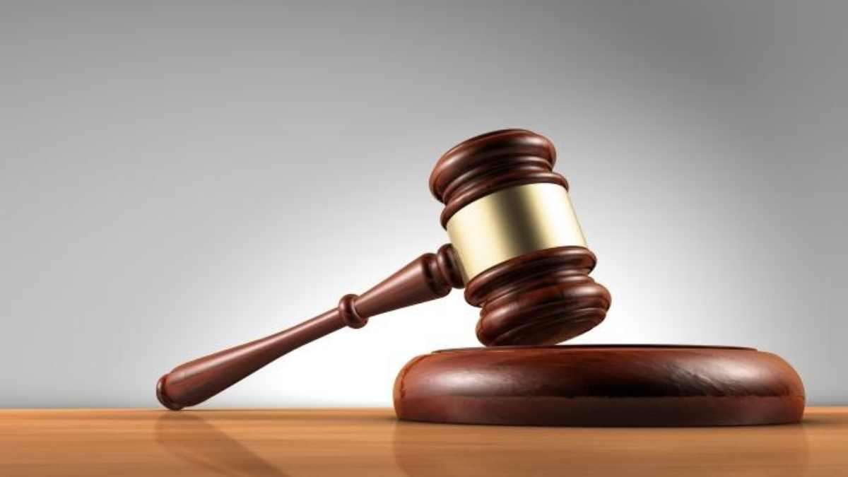 U S  Court Orders Couple To Pay.'